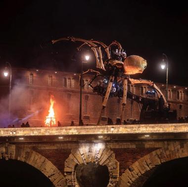 フランス ミノタウロス アリアドネ ロボット