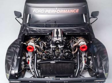 914馬力のV6エンジンを搭載