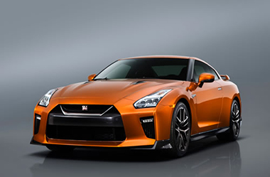 NISSAN 日産自動車 GT-R