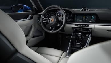 ポルシェ・911:内装