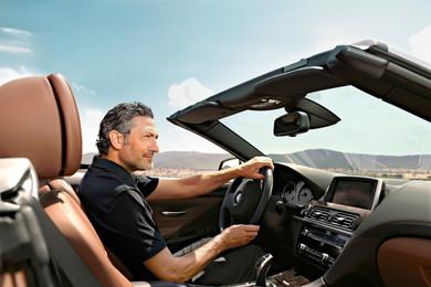 BMWは2013年から、コネクテッドカーサービス「BMWコネクテッド・ドライブ」を展開しています