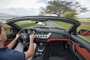 BMW コネクテッドカー ドコモ