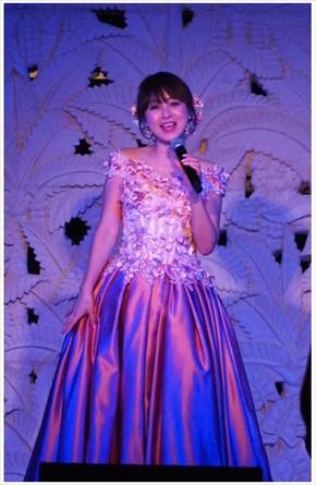 渡辺美奈代 アイドル ドレス ライブ クリスマス 年齢 現在