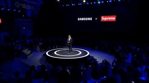 サムスン、「Supreme」コピーブランドとのコラボを謝罪 提携は見直すと発表