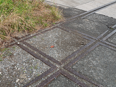 横須賀 トンネル 隧道 平沼義之 田浦 比与宇隧道 平面交差 クロスポイント 廃線