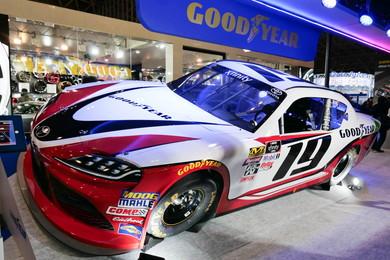 「スープラ」NASCAR仕様