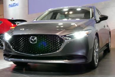 「Mazda3」セダン