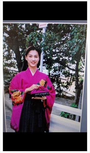 遼河はるひ 宝塚歌劇団 月組 男役成人の日 20歳 振り袖 現在 昔