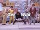 違和感仕事して! 「Get Wild」MVに登場するダンディ&スギちゃん&小島よしおが「馴染みすぎている」と話題