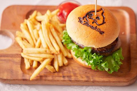 ペニュの特製ハンバーガー