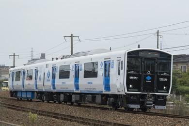非電化区間を蓄電池で走る次世代電車「DENCHA」