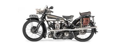 『キノの旅』に登場する主人公の愛車「エルメス」のモデルにもなったバイク