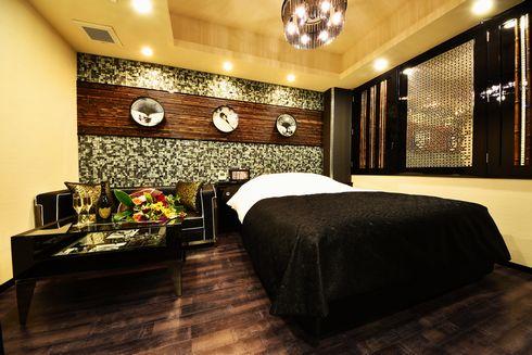 ラブホテル 寿司 部屋 SARA