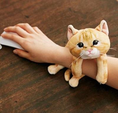 子猫のアームレスト商品イメージ