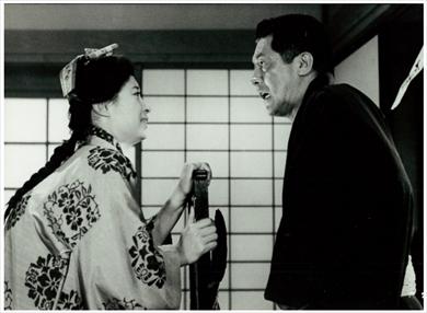 三國連太郎 七回忌 三田佳子 映画 街