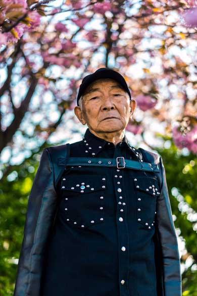 田舎 祖父 ハイブランド 写真 エモ かっこいい おじいちゃん ファッション Instagram