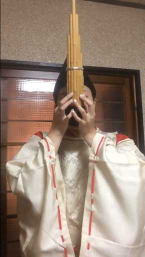 平安貴族 ファミマ 笙 演奏 入店  音楽 カニササレアヤコ