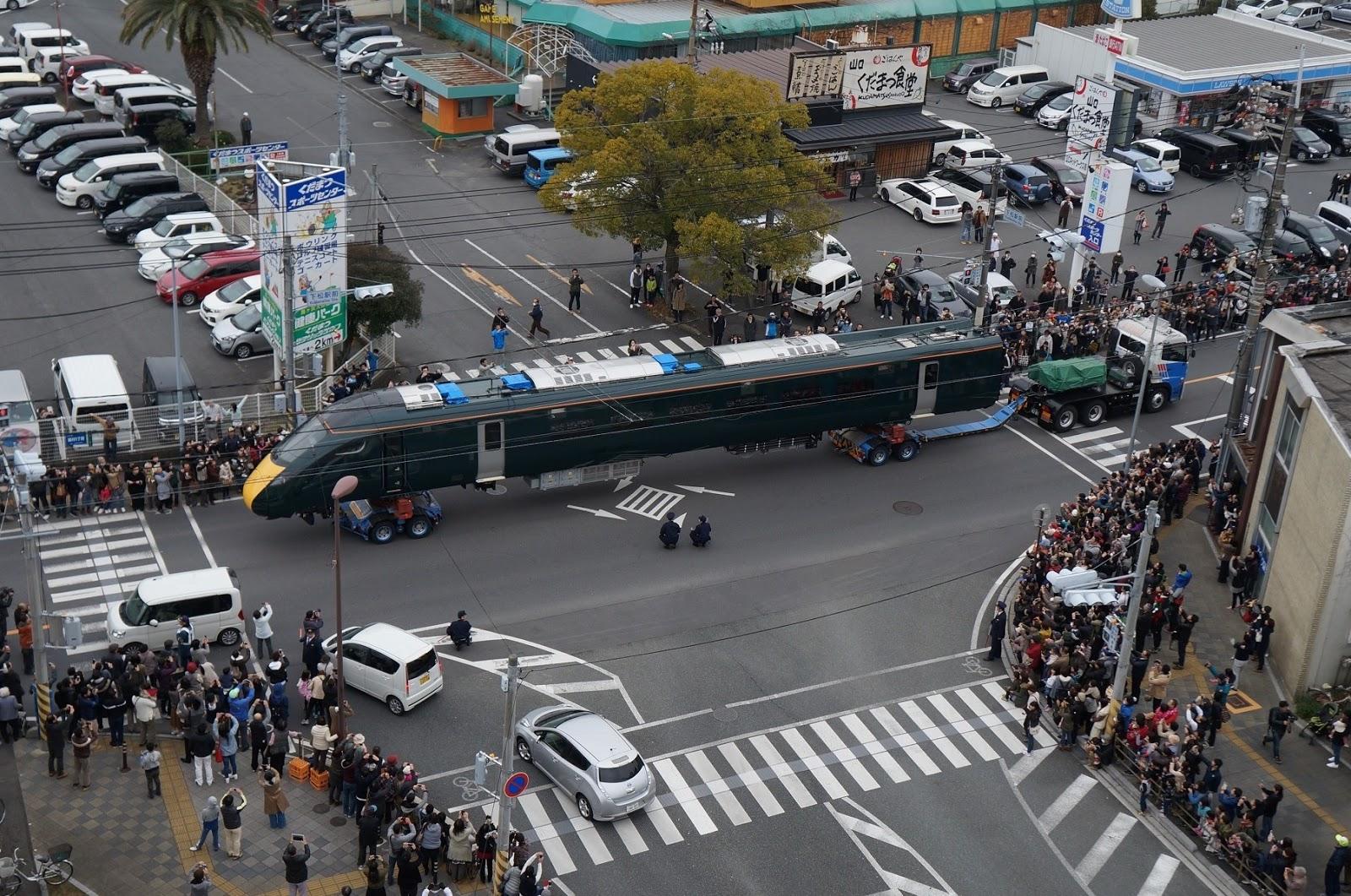 https://image.itmedia.co.jp/nl/articles/1906/12/l_tsuru_kudamatsu_003_.jpg