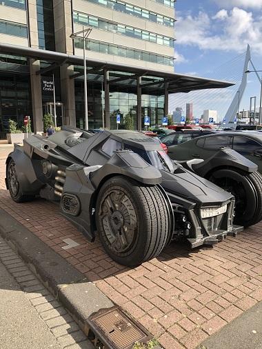 オランダ バットモービル バットマン ランボルギーニ