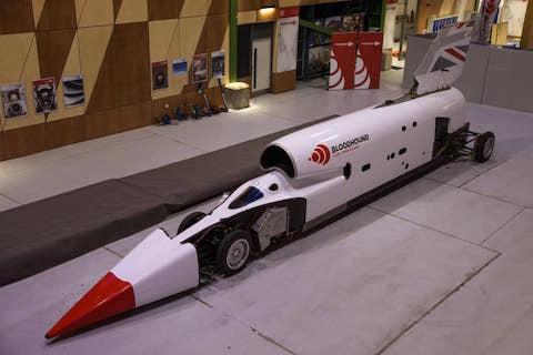 音速 最速 世界記録 自動車 ブラッドハウンド