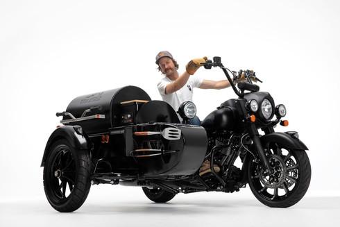 グリル付きバイク