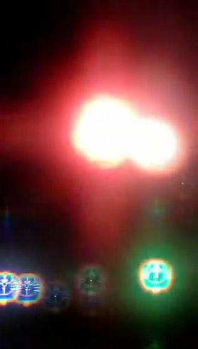 ドラえもんメガネで見た花火 右下に明るく光るドラえもん