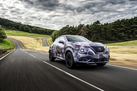 ジューク 2代目 新型 欧州 プロトタイプ 日産自動車 SUV