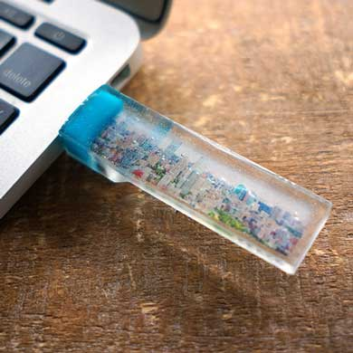 部屋とmidori 半透明 写真 埋め込まれた USB 美しい ヴィレッジヴァンガード