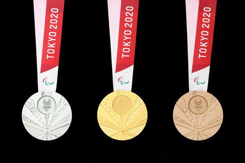 東京2020 パラリンピック メダル リボン ケース デザイン 発表