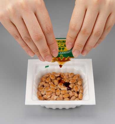ミツカン 凸版印刷 納豆 たれ袋 からし袋 日本包装技術協会会長賞 受賞 押すだけプシュッ