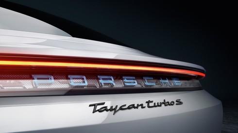 ポルシェ タイカン Tycan EV