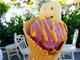 ディズニーランドの食べ歩きフードがハロウィーン仕様に! 絶対食べたい「牛カルビコーン」