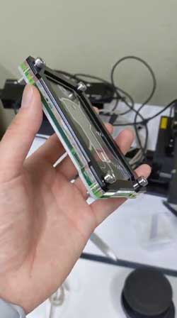 鍵型 USB メモリー 悪の組織から狙われている最重要アイテム風にするケース 自作 中二 ヒーロー