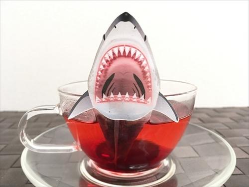 サメのティーバッグ