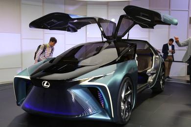 世界初公開 レクサス EVコンセプトカー