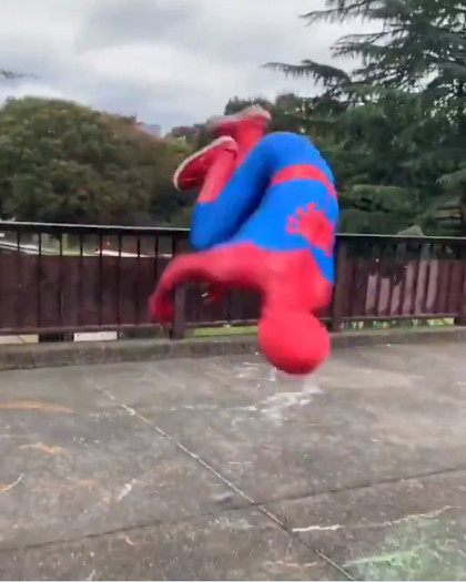 ヨーヨー世界王者のスパイダーマン