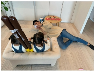 NON STYLE 石田明 双子 娘 ブログ 写真
