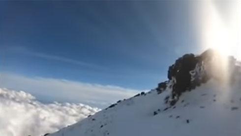 富士山で発見の遺体、身元が判明 登山中に滑落のニコ生配信者か