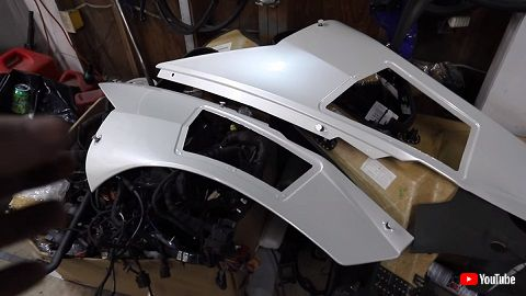 ランボルギーニ ウラカン レストア 廃車 再生 オリジナル