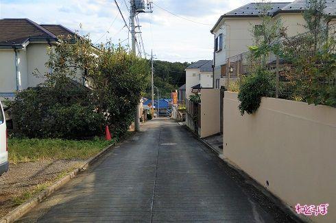 舗装がコンクリートに変わります