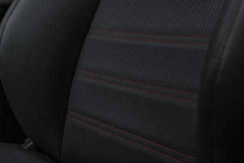 トヨタ「RAV4 Prime」