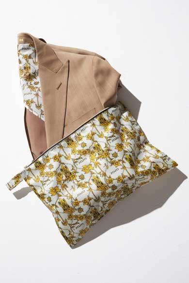 バンダイ ジョジョの奇妙な冒険 黄金の風 ビジネススーツ ジョルノ ブチャラティ モデル ジャケット パンツ