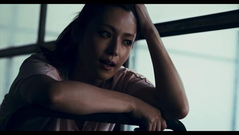 深田恭子 トレーニング 動画 DESCENTE 筋トレ