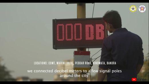 インド 警察 信号 クラクション 罰 時間 デシベルメーター