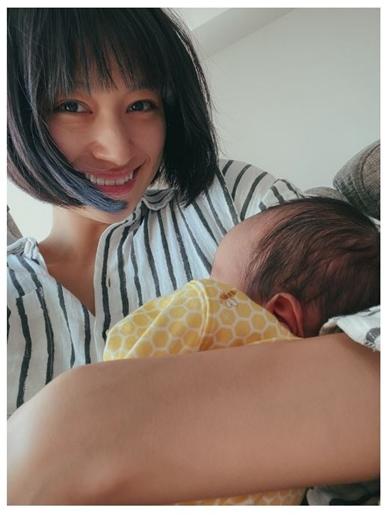 高橋ユウ 出産 いつ 息子 母乳