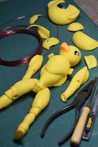 ぷかぷか アヒル 7個 針金 全身が動く 人形 魔改造 100均 安居智博