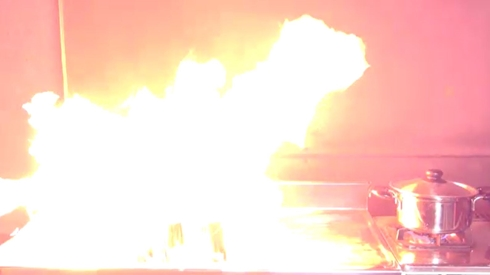 消費者センター カセットボンベ 事故 火事