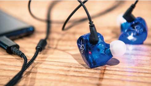有線 無線 切り替え ゲーマー向け ワイヤレス イヤフォン KPro01 クラウドファンディング 小岩井ことり