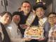 「こんな幸せでいいのか?」 X-GUN西尾が50歳バースデー、東貴博や田中裕二らがサプライズで祝福