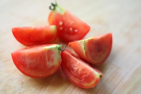 トマト 裏技 レタス 切り方